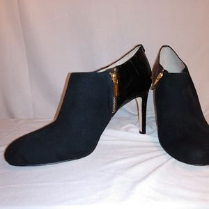 Michael Kors Suede leather ankle booties sz 10